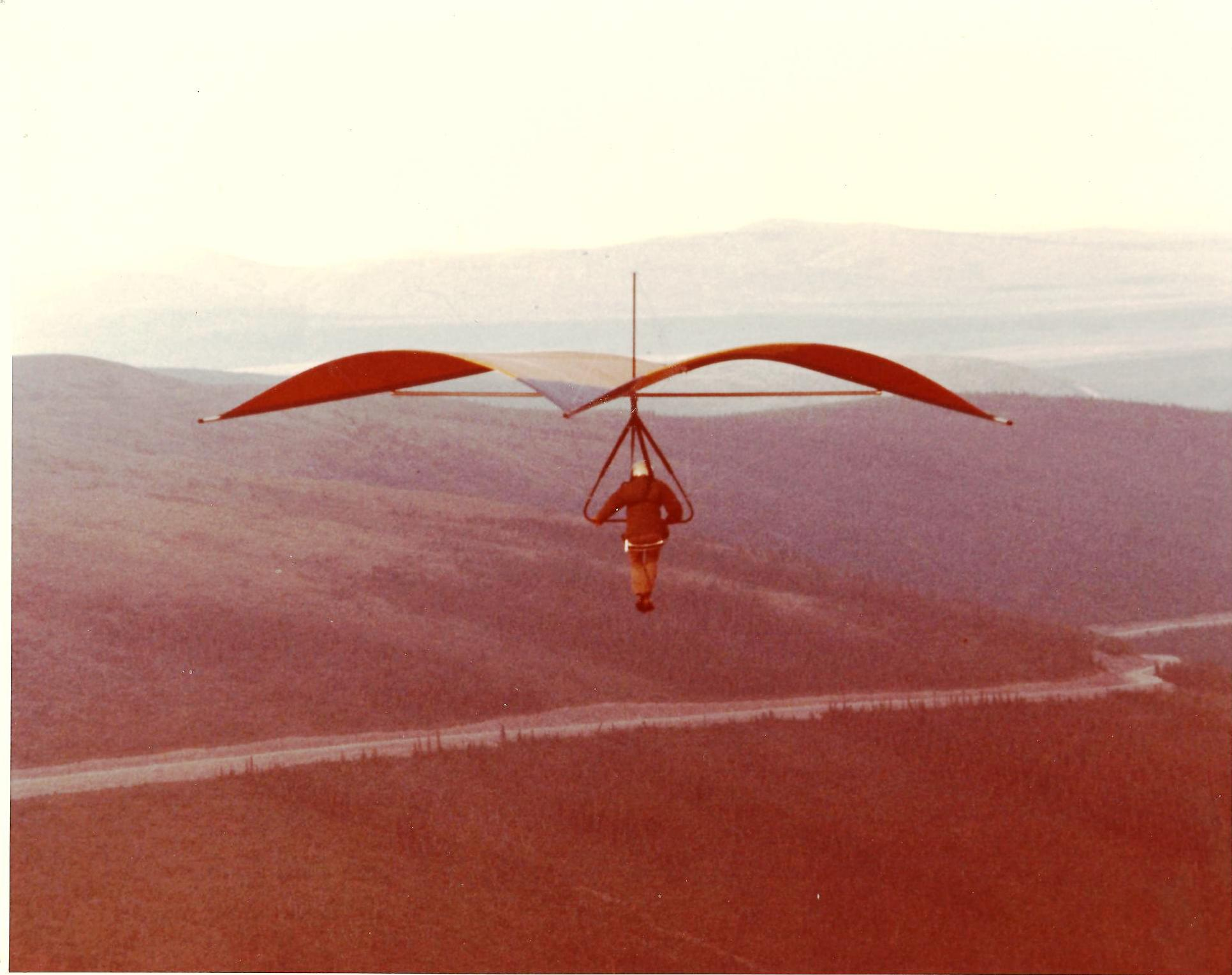 bill-sheka-on-first-flight-above-arctic-circle-august-1975-heading-down-the-road-to-circle-hot-springs-in-a-seagull-3